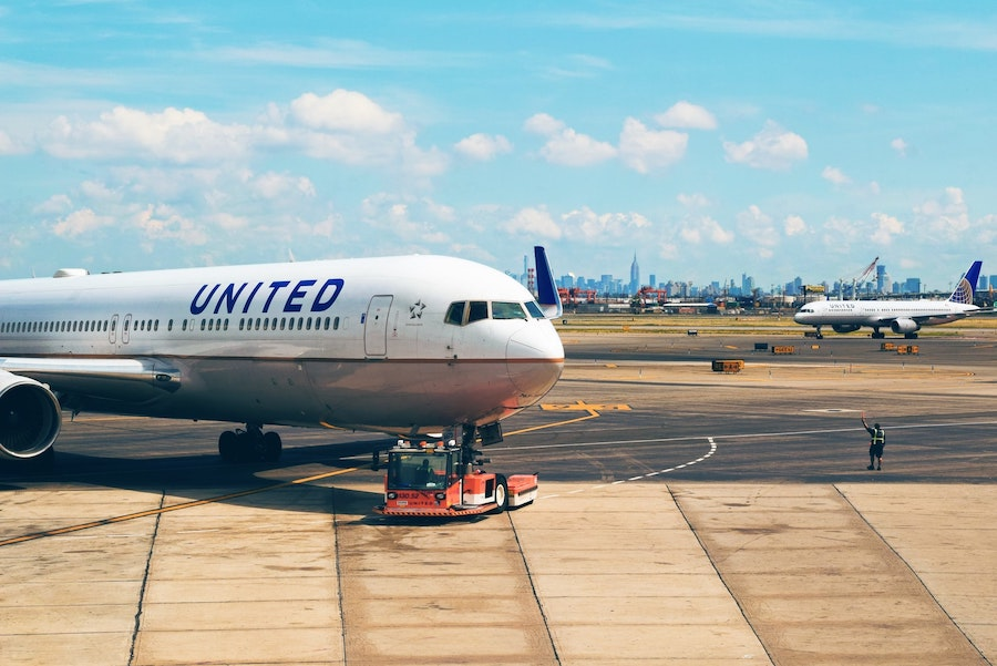 United Airlines Pilot Salary